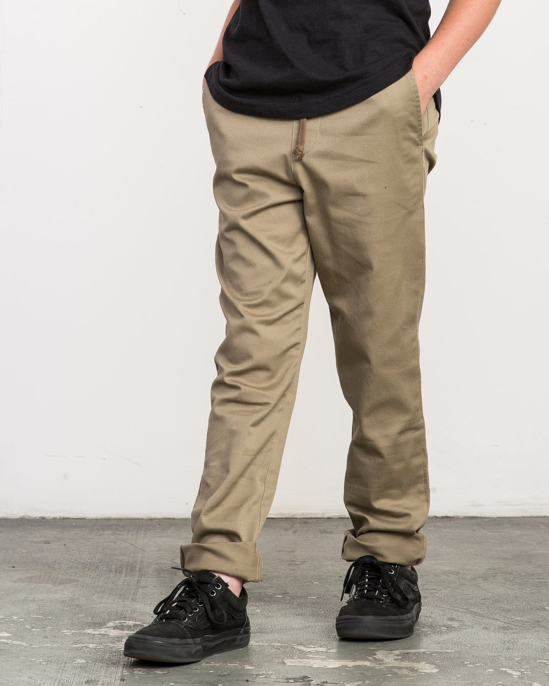 1 Boy's A.T. Dayshift Elastic Pant White B310QRDS RVCA