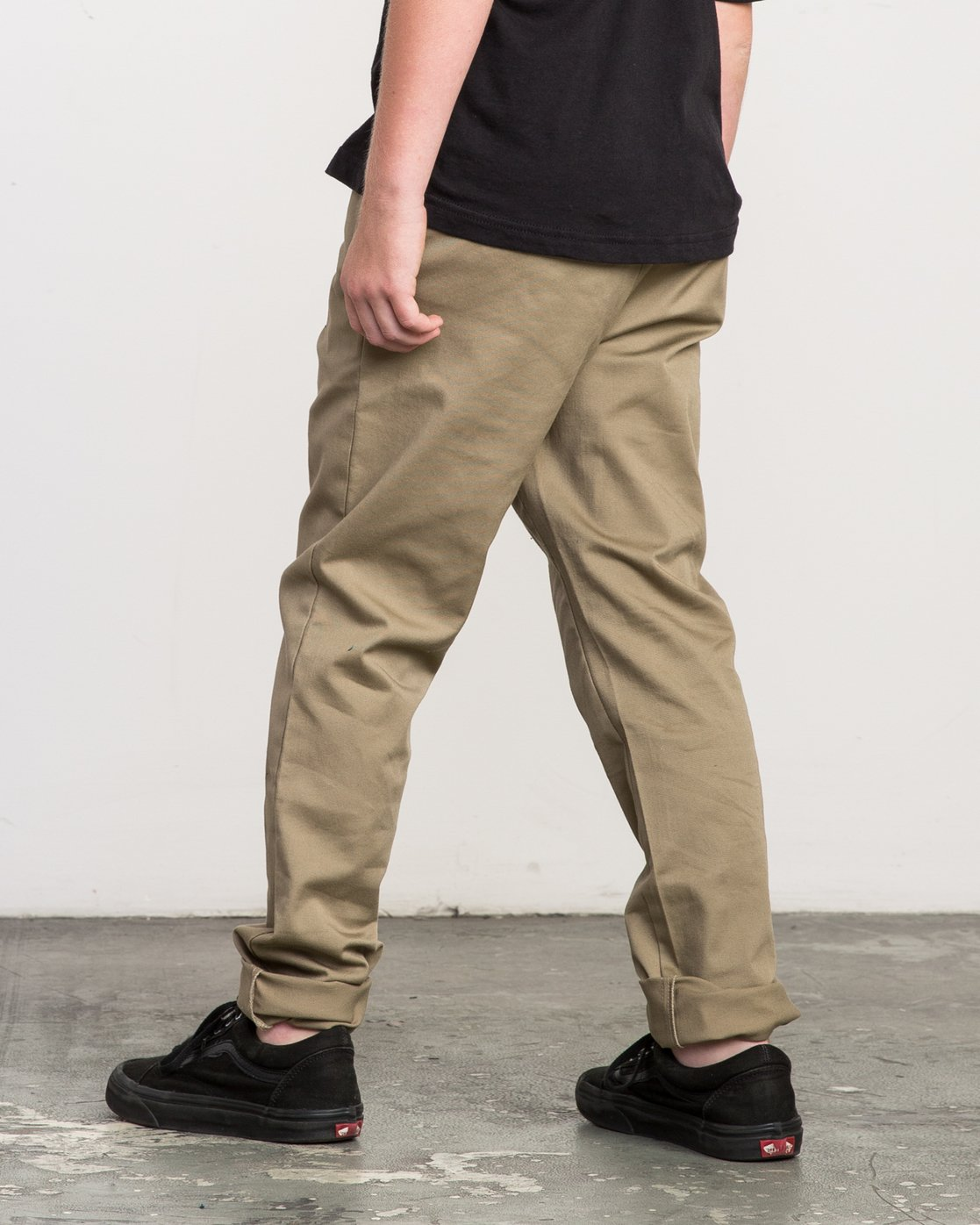 2 Boy's A.T. Dayshift Elastic Pant White B310QRDS RVCA