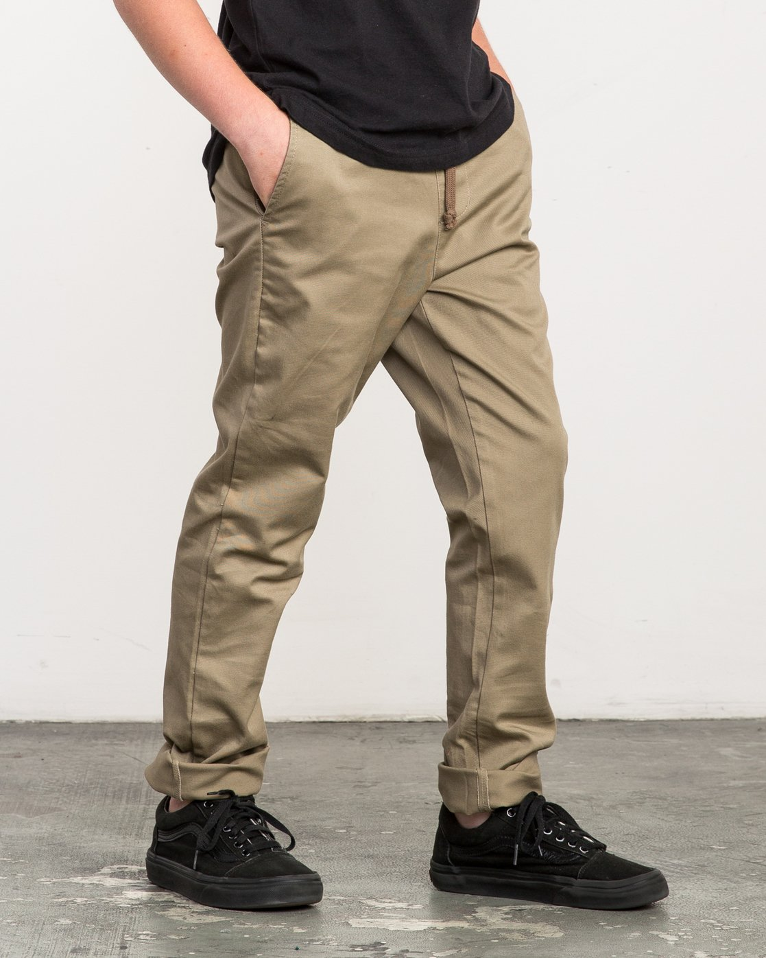5 Boy's A.T. Dayshift Elastic Pant Beige B310QRDS RVCA