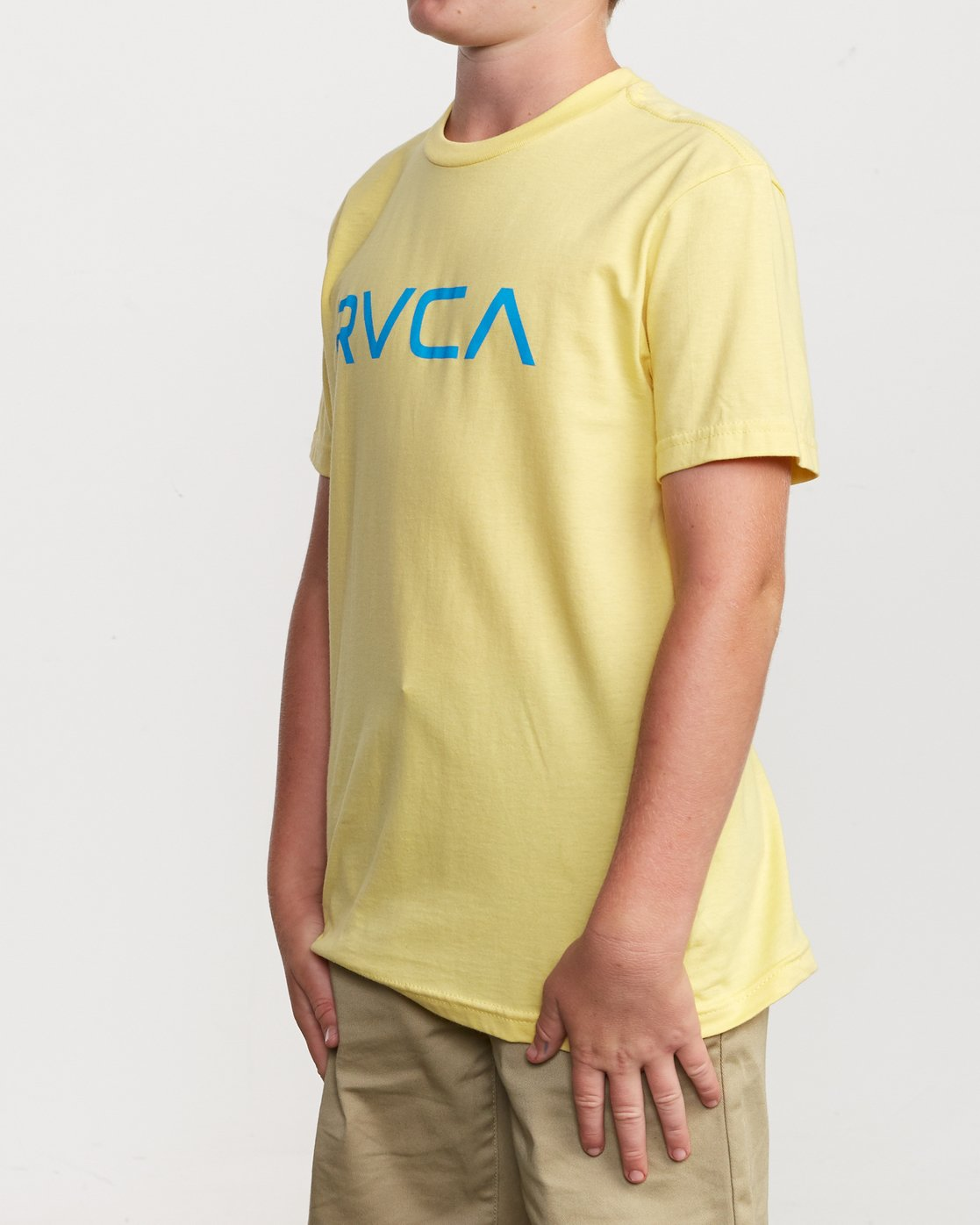 2 Boy's Big RVCA T-Shirt Yellow B401SRBI RVCA