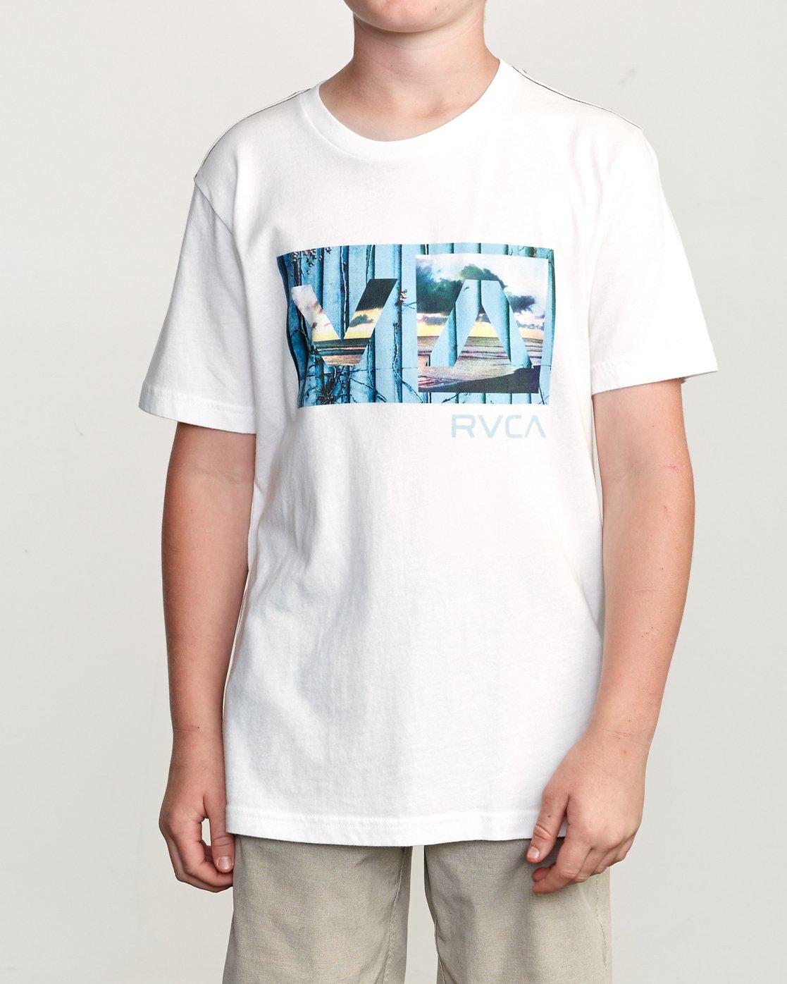 1 Boy's Balance T-Shirt White B406URBA RVCA