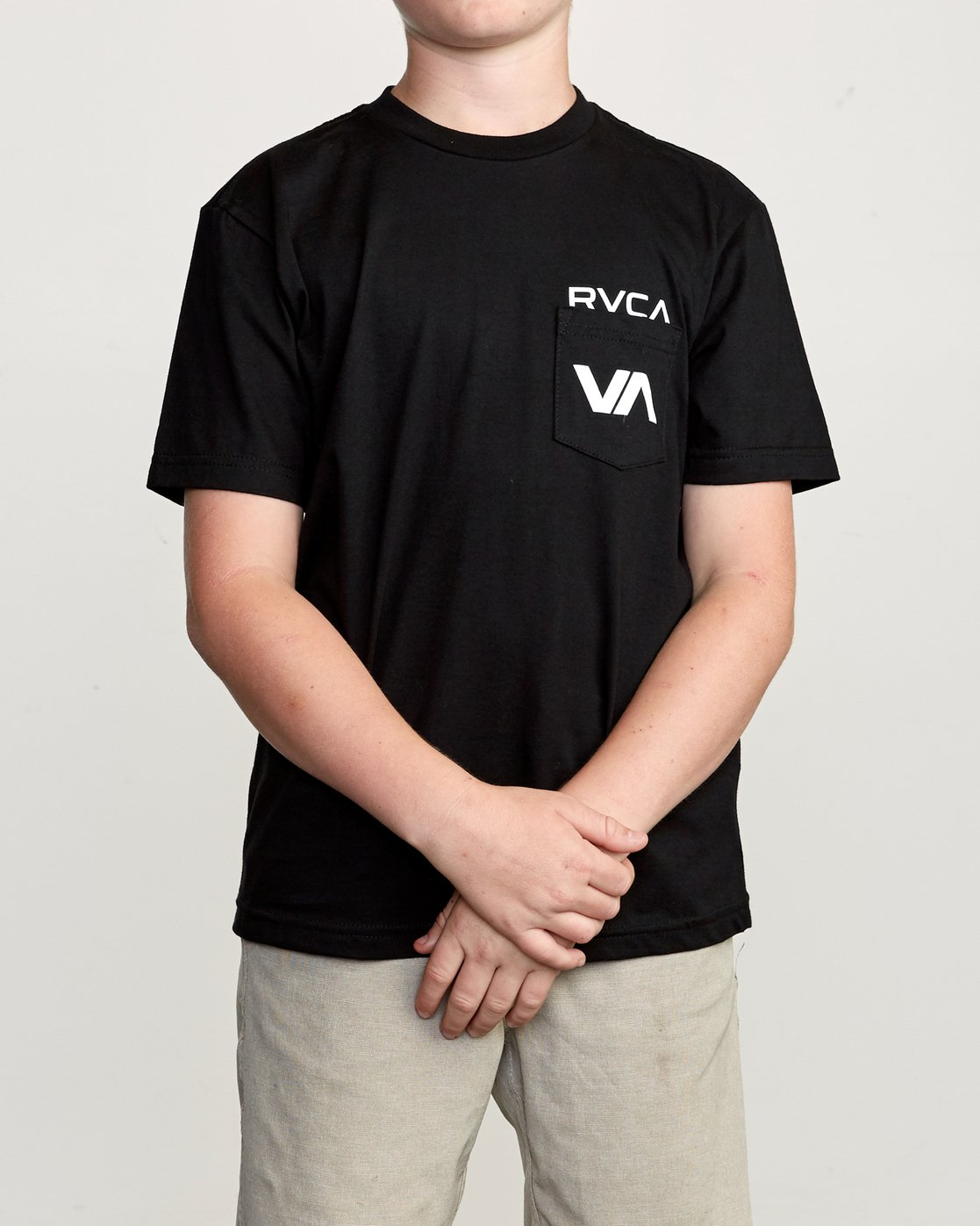 1 Boy's Over Under Pocket T-Shirt  B407UROV RVCA