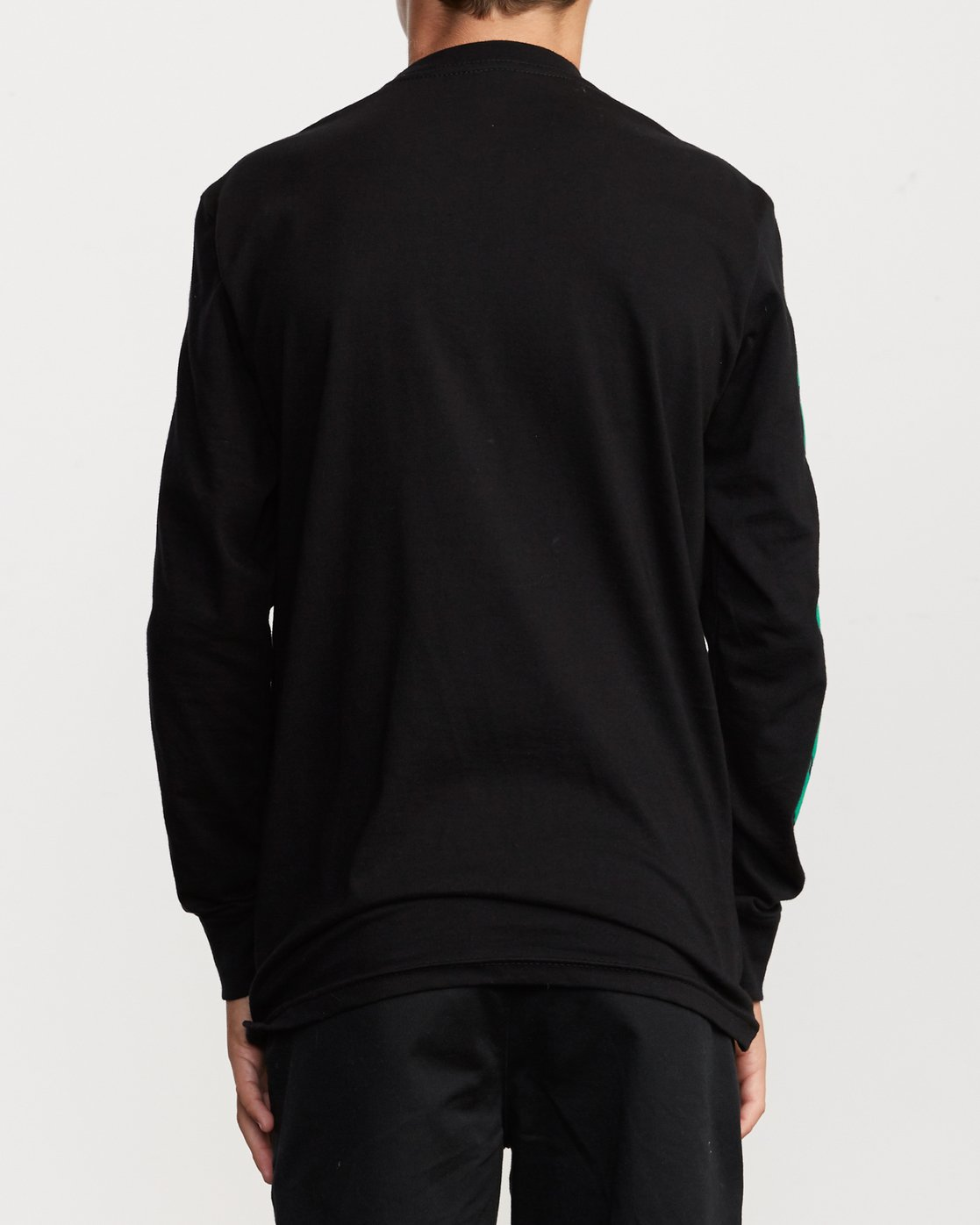 4 Boy's Warehouse Long Sleeve T-Shirt Black B451VRWA RVCA