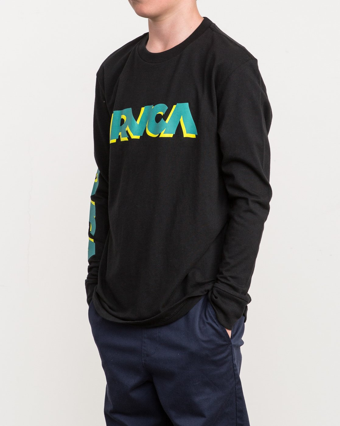 3 Boy's RVCA Slant Long Sleeve T-Shirt Black B453QRRS RVCA