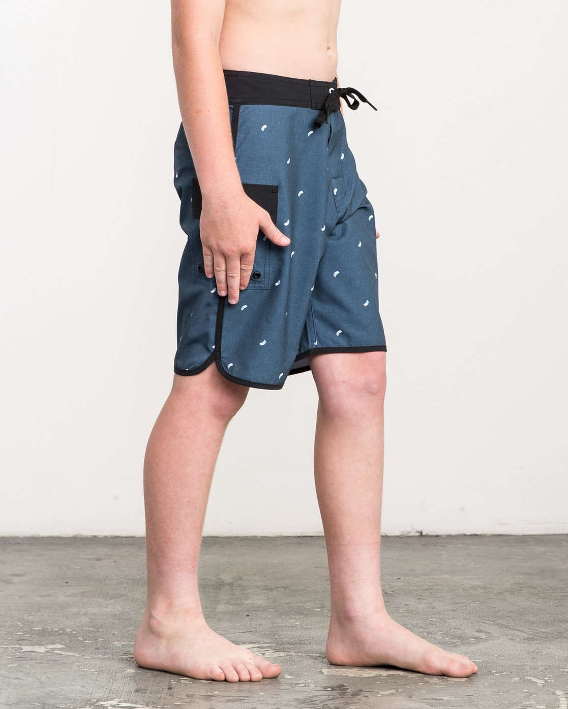 6 Boy's Eastern Boardshorts Blue B5104EAS RVCA