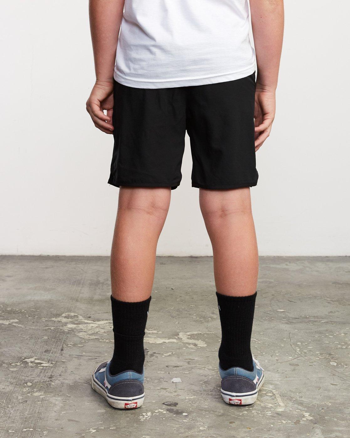 "4 Boy's Yogger 3 15"" Short Black BL204YGR RVCA"