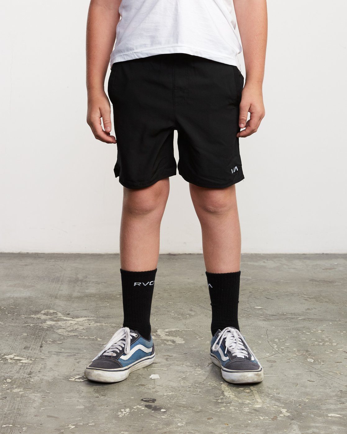 "1 Boy's Yogger 3 15"" Short Black BL204YGR RVCA"