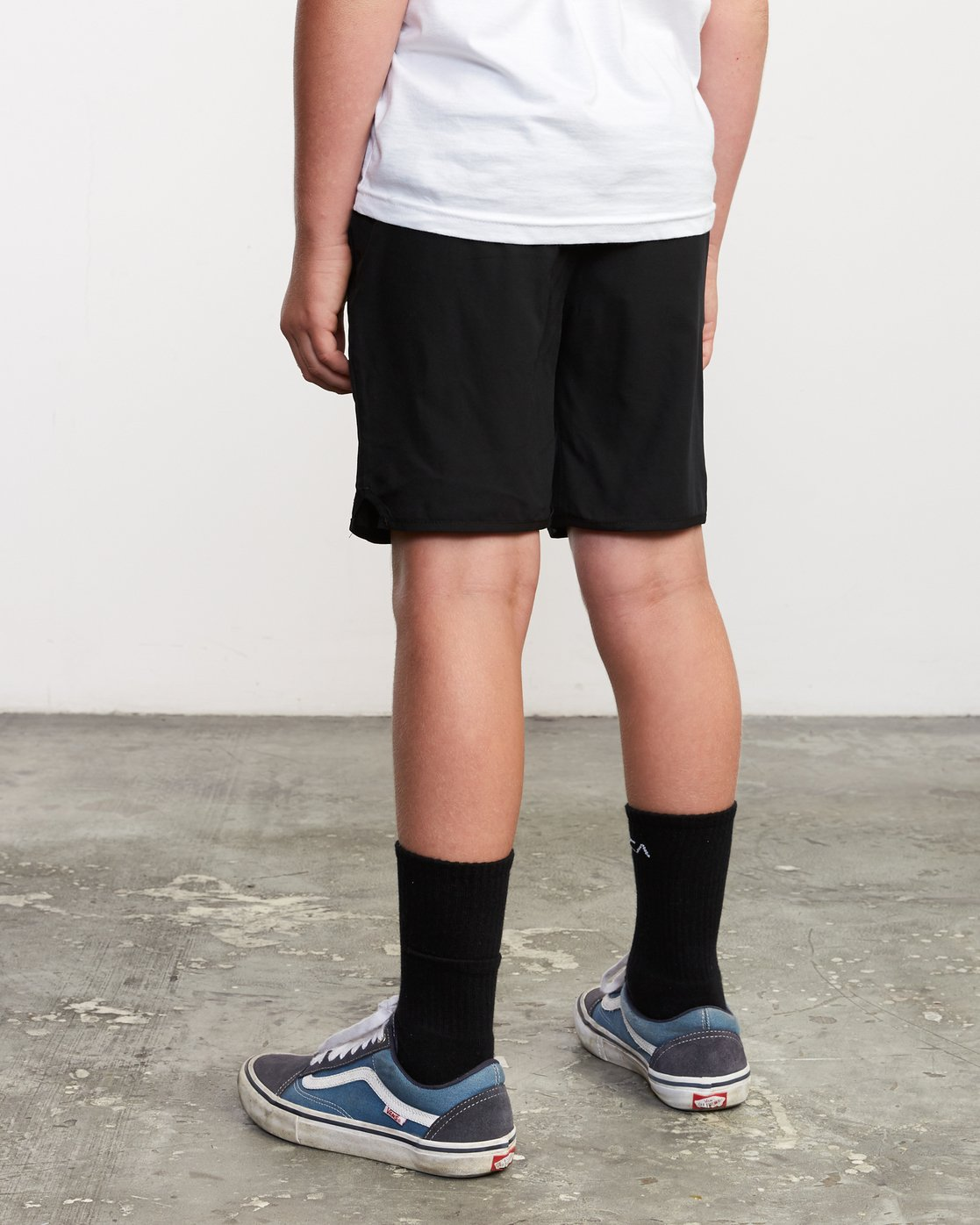 "3 Boy's Yogger 3 15"" Short Black BL204YGR RVCA"