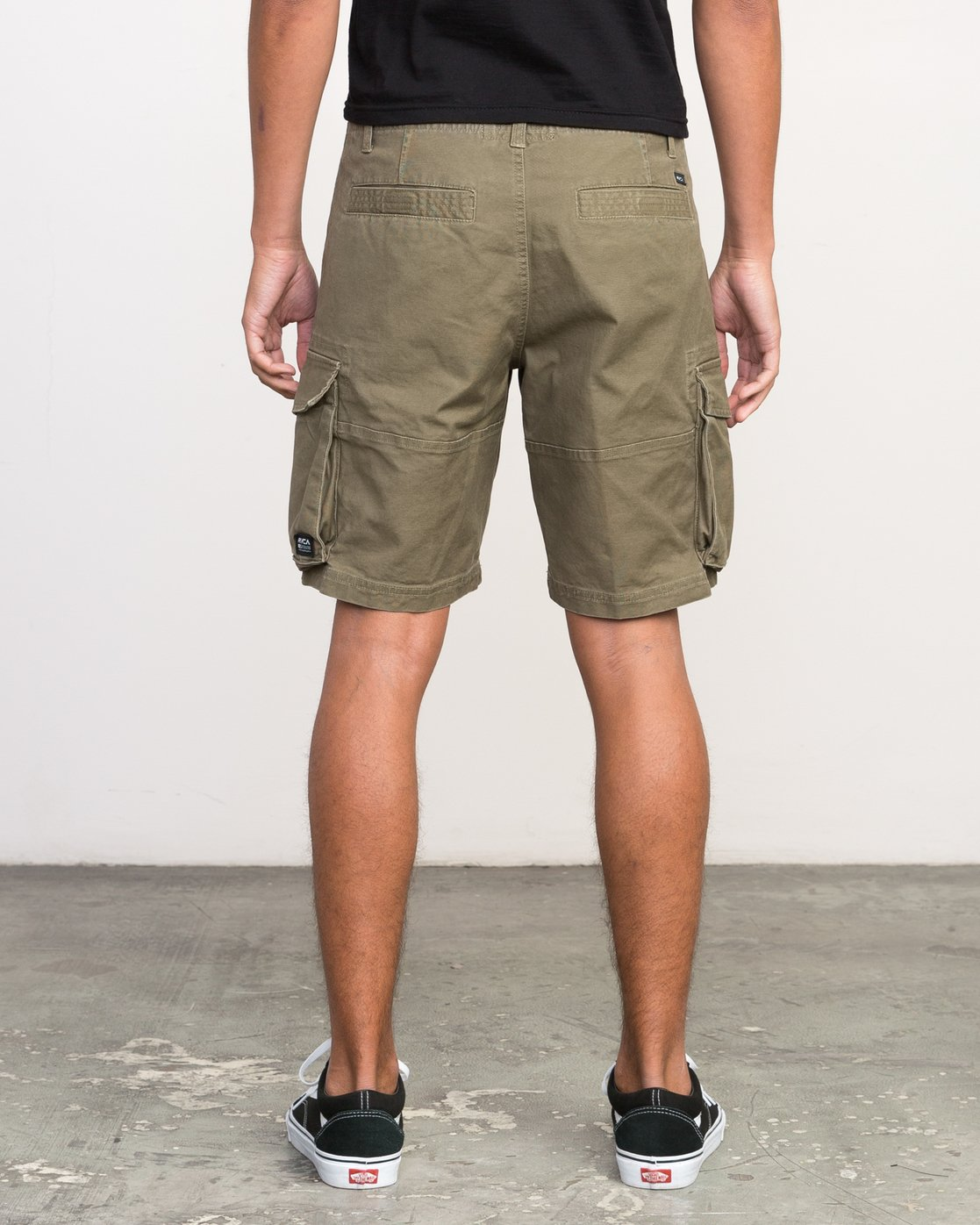 4 Wannabe Cargo - Short for Men  H1WKJORVP8 RVCA