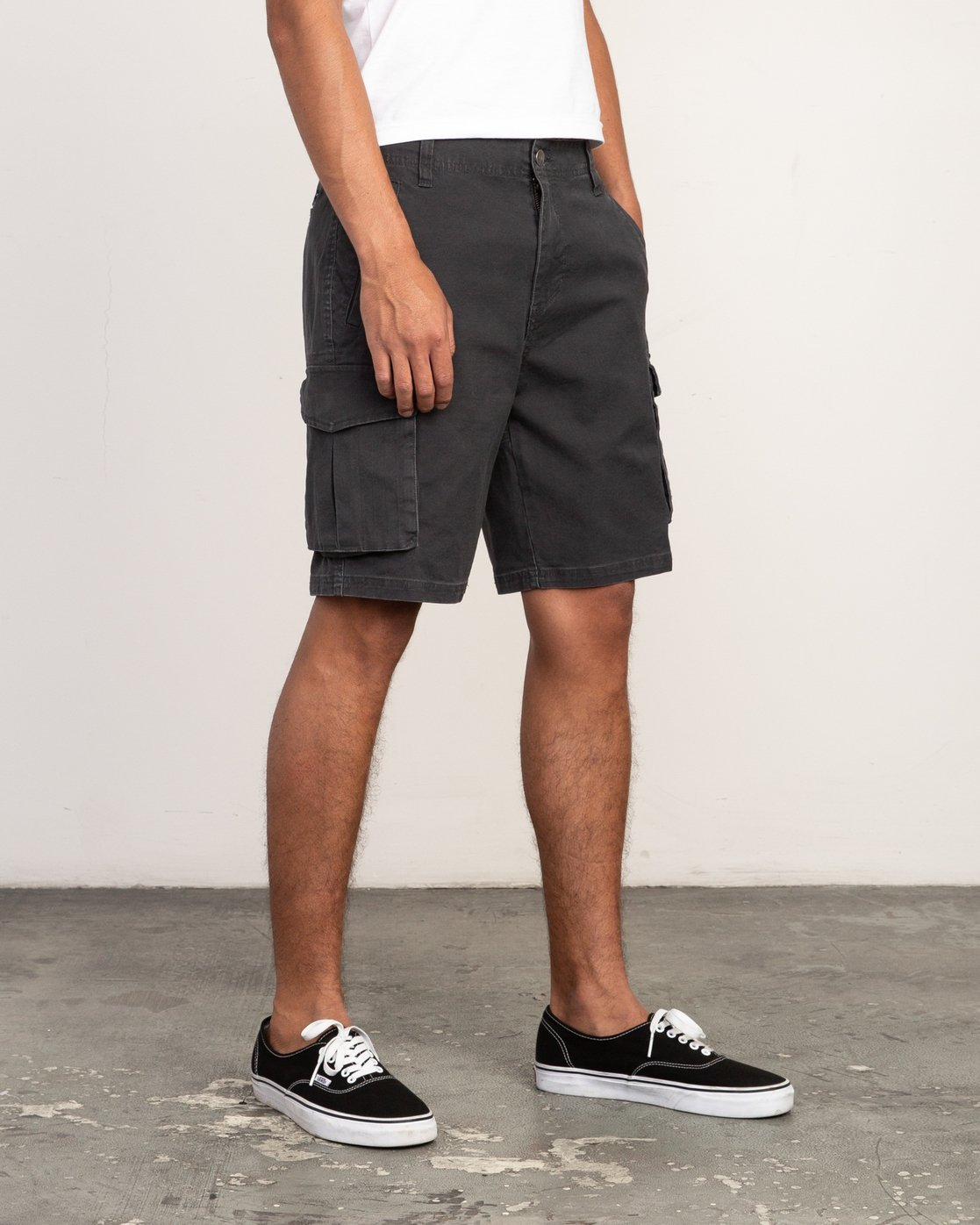 6 Wannabe Cargo - Short for Men Black H1WKJORVP8 RVCA