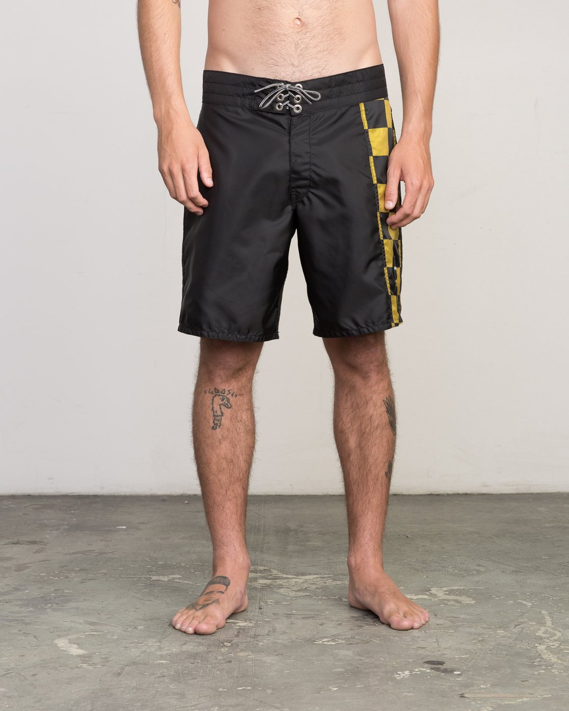 "4 Birdwell Point Panic 18"" Boardshort Black M102PRPP RVCA"