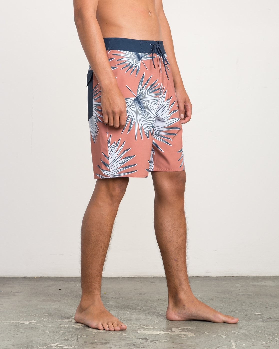 "6 Varca 20"" Boardshort Brown M102QRVA RVCA"