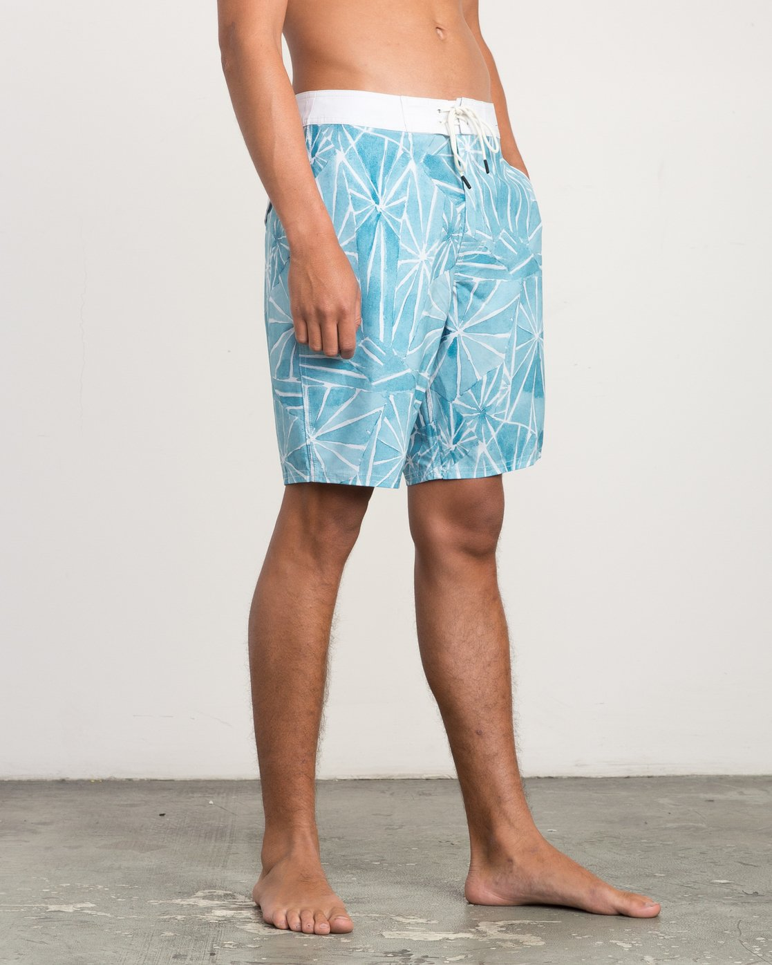"6 Blade Printed 20"" Boardshort  M105QRBL RVCA"