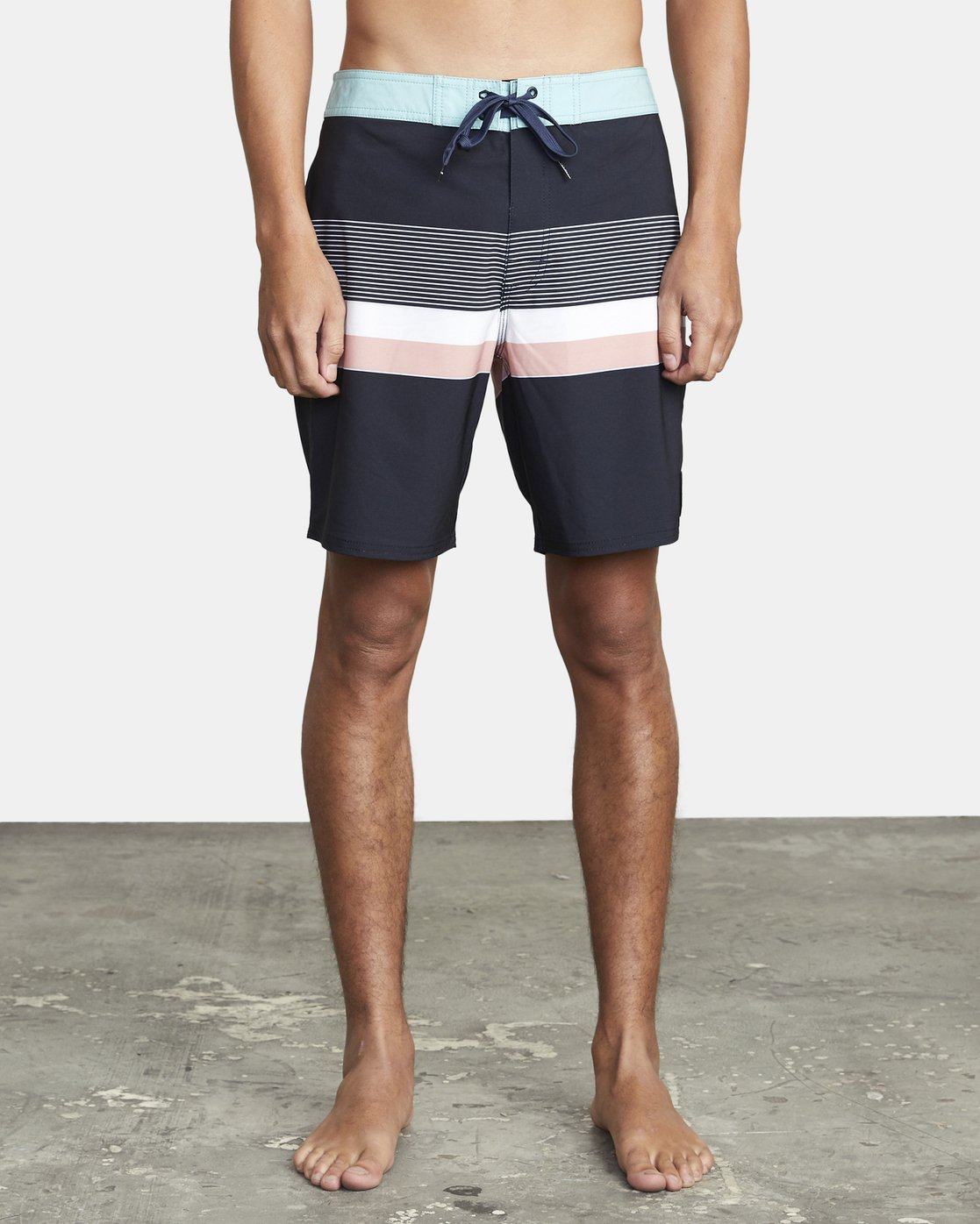 "2 RODGER BOARDSHORT 18"" Black M1132RRT RVCA"