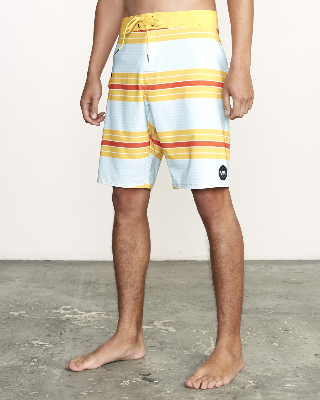 "2 UNCIVIL STRIPED 20"" TRUNK Yellow M1161RUS RVCA"