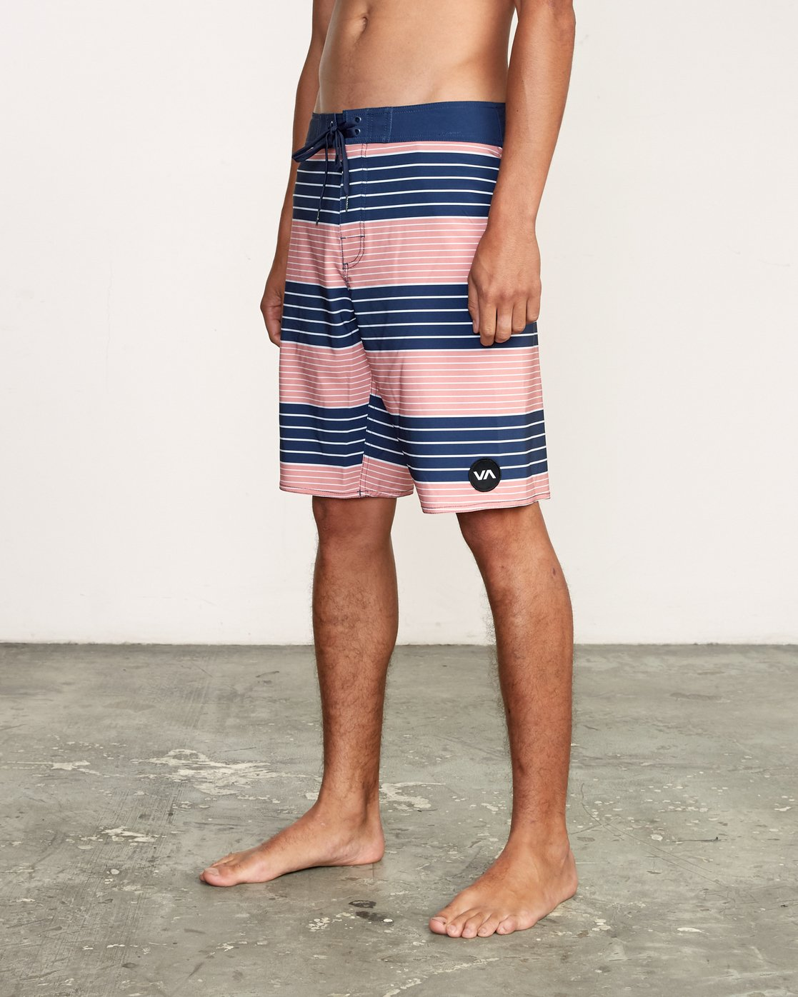 "2 Uncivil Stripe 20"" Boardshort Grey M164TRUN RVCA"