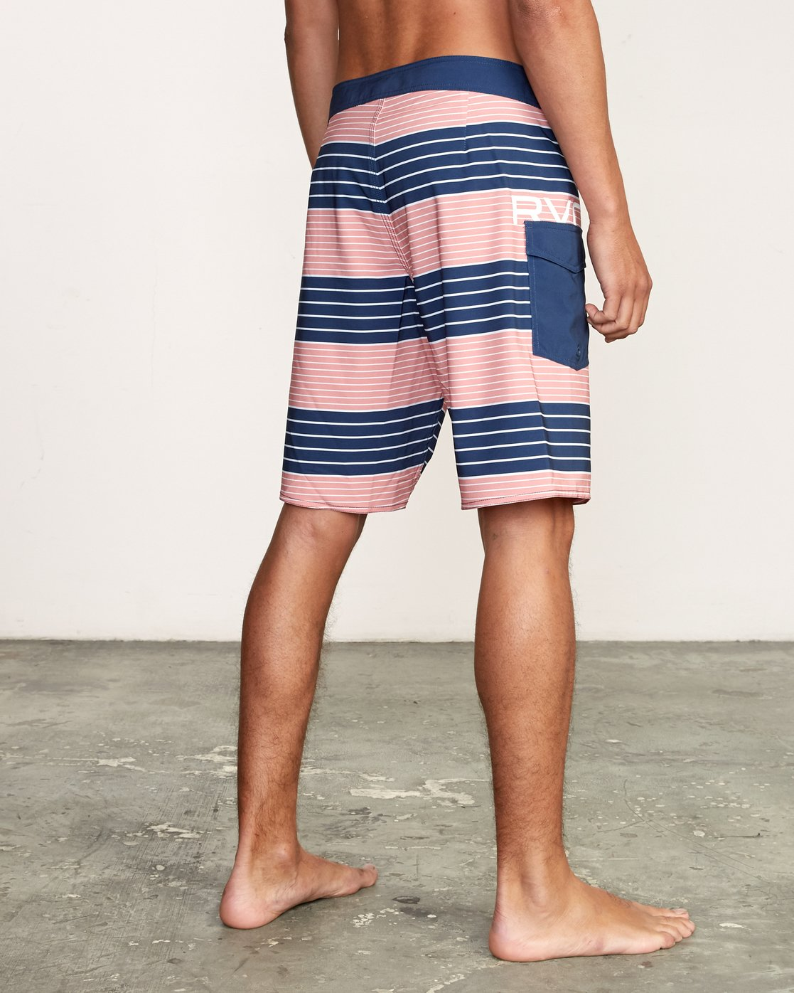 "5 Uncivil Stripe 20"" Boardshort Grey M164TRUN RVCA"