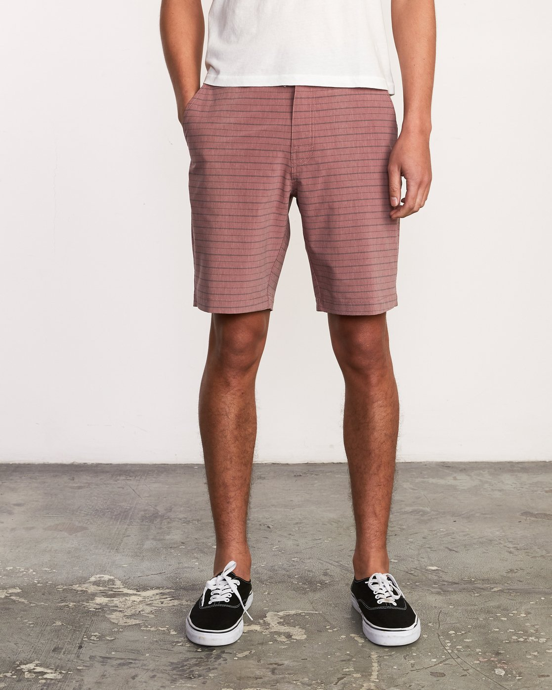 1 Balance Fairview Hybrid Short Grey M203URFH RVCA