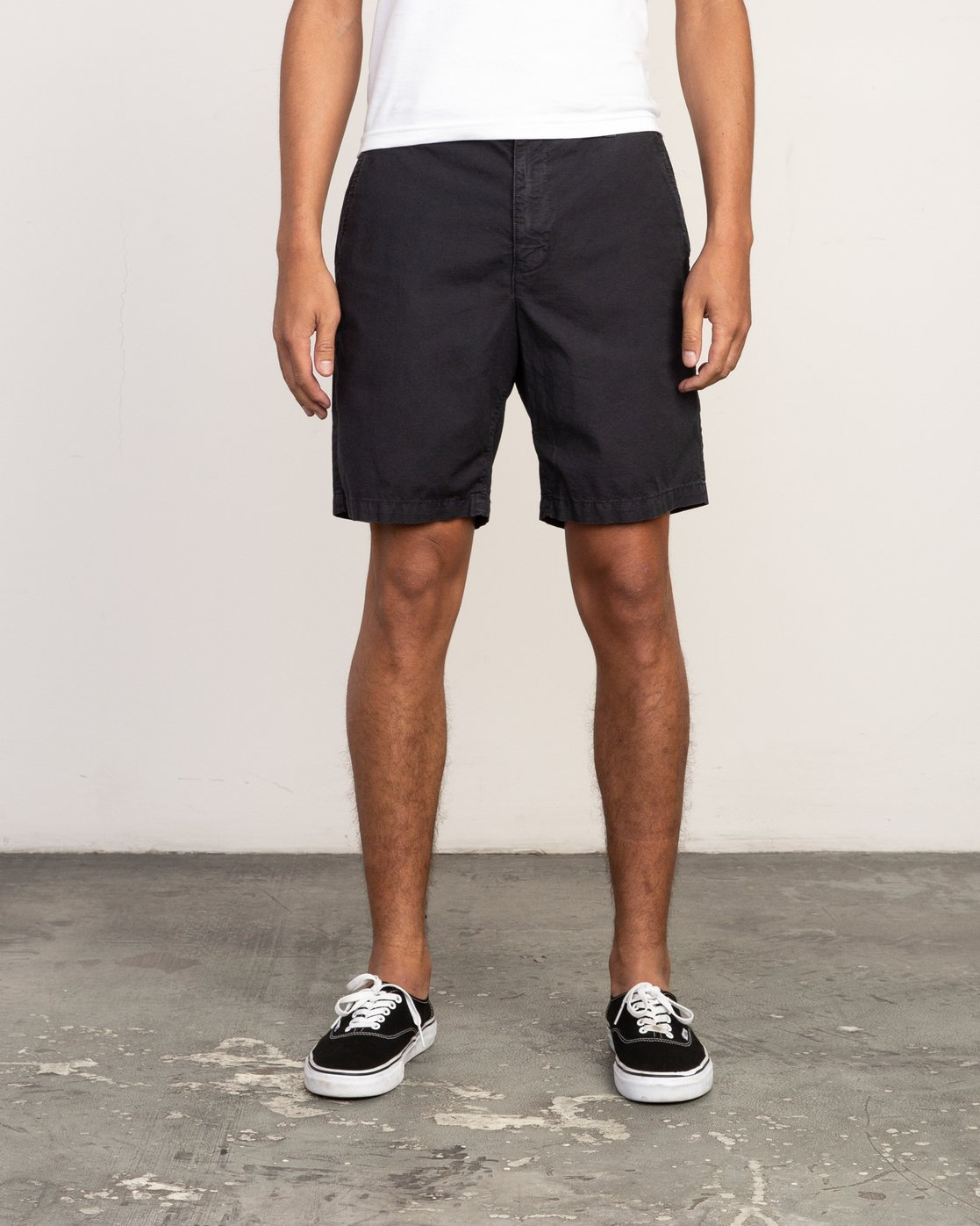 1 Butterball Over Dye Short Black M205PRBU RVCA