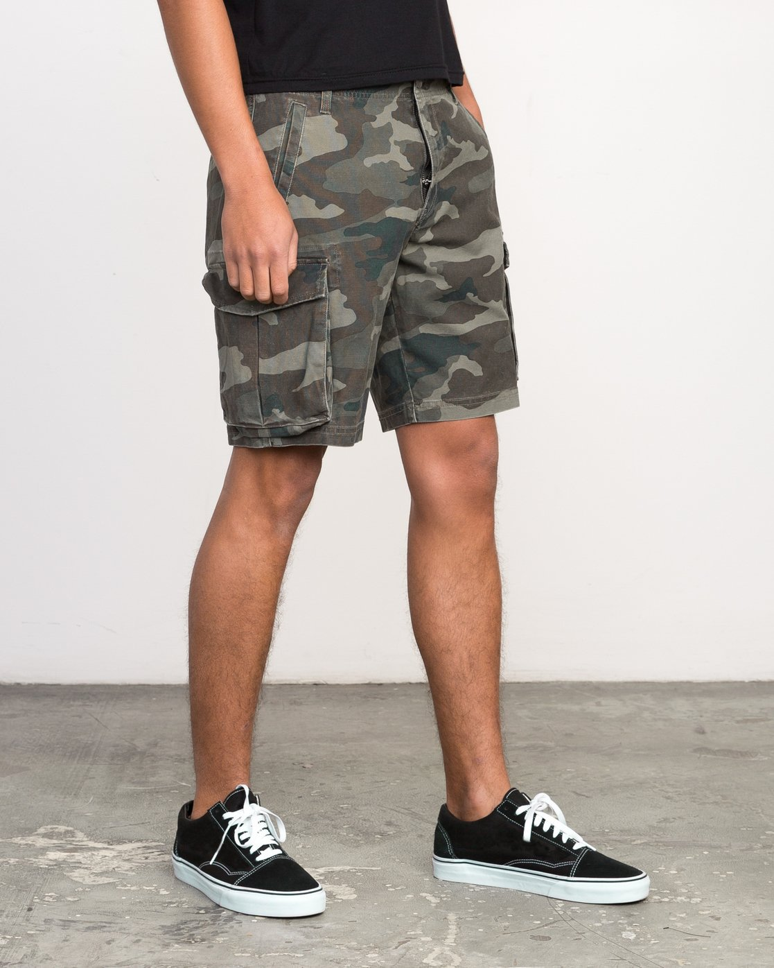 6 Wannabe Cargo Short Brown M209PRWA RVCA