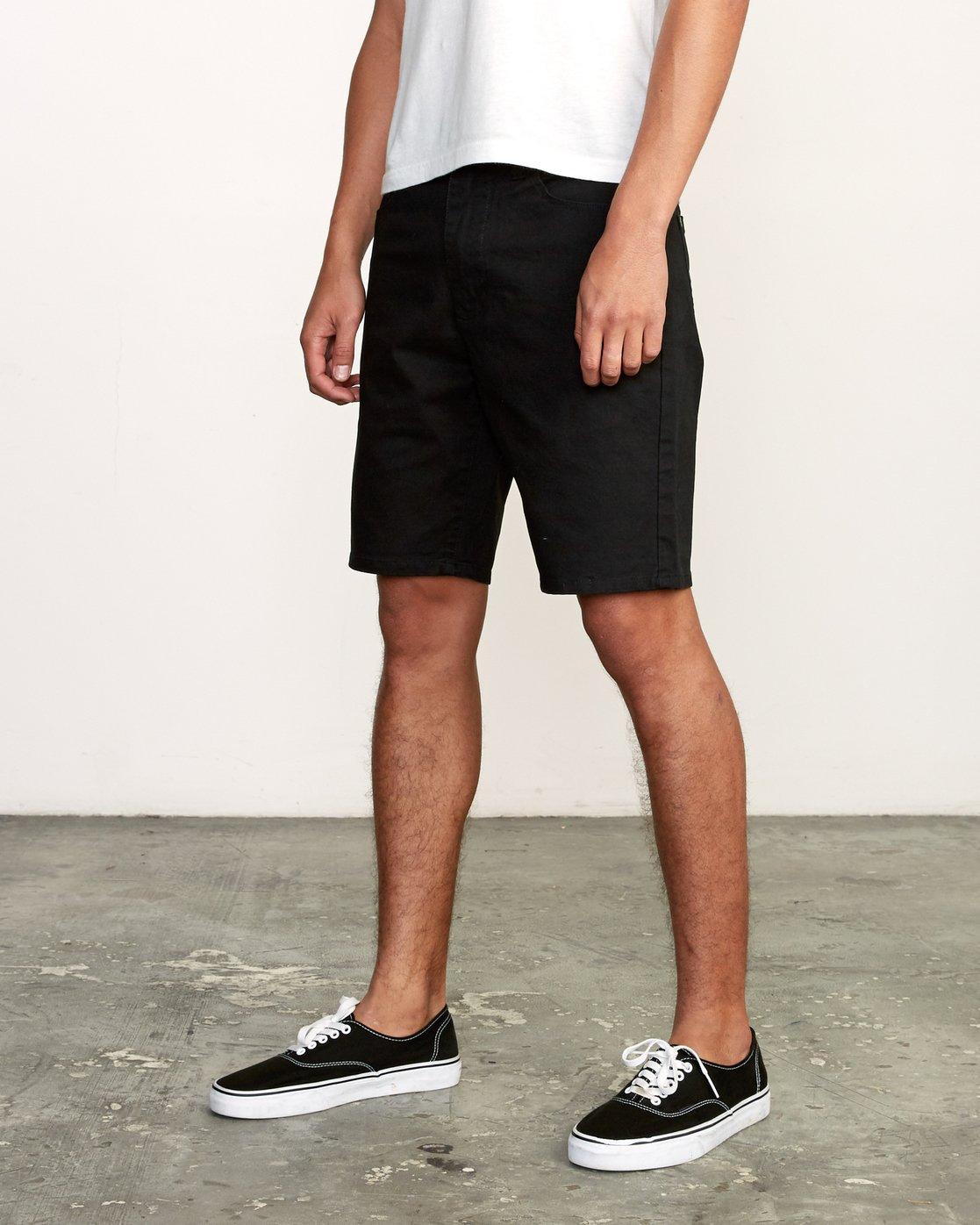 2 Daggers Twill Short Black M209TRDT RVCA