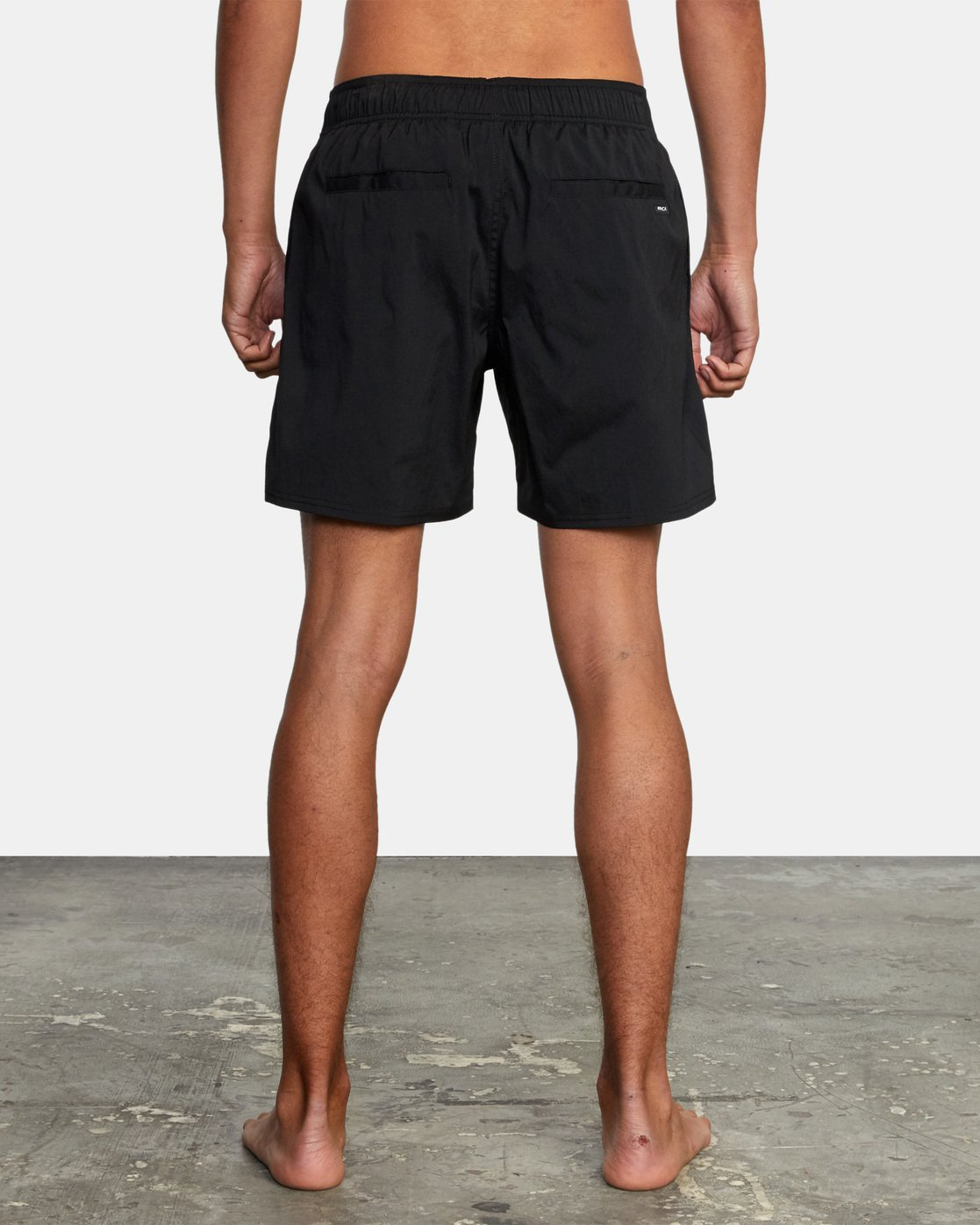 7 FLUX WALKSHORT Black M2123RFW RVCA