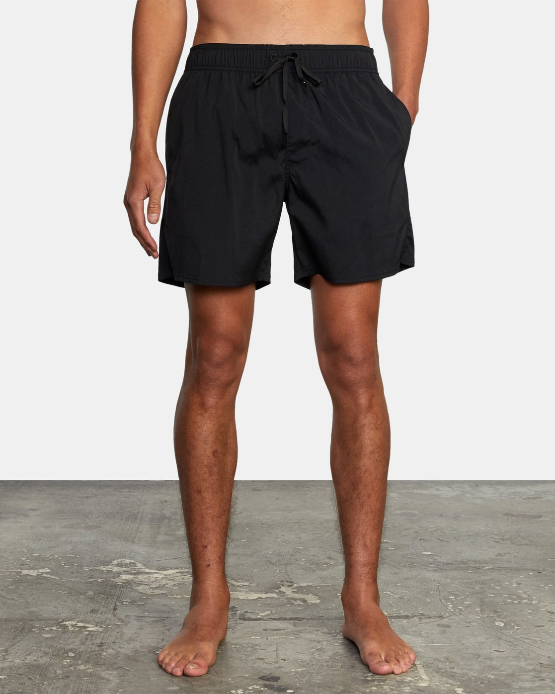 6 FLUX WALKSHORT Black M2123RFW RVCA