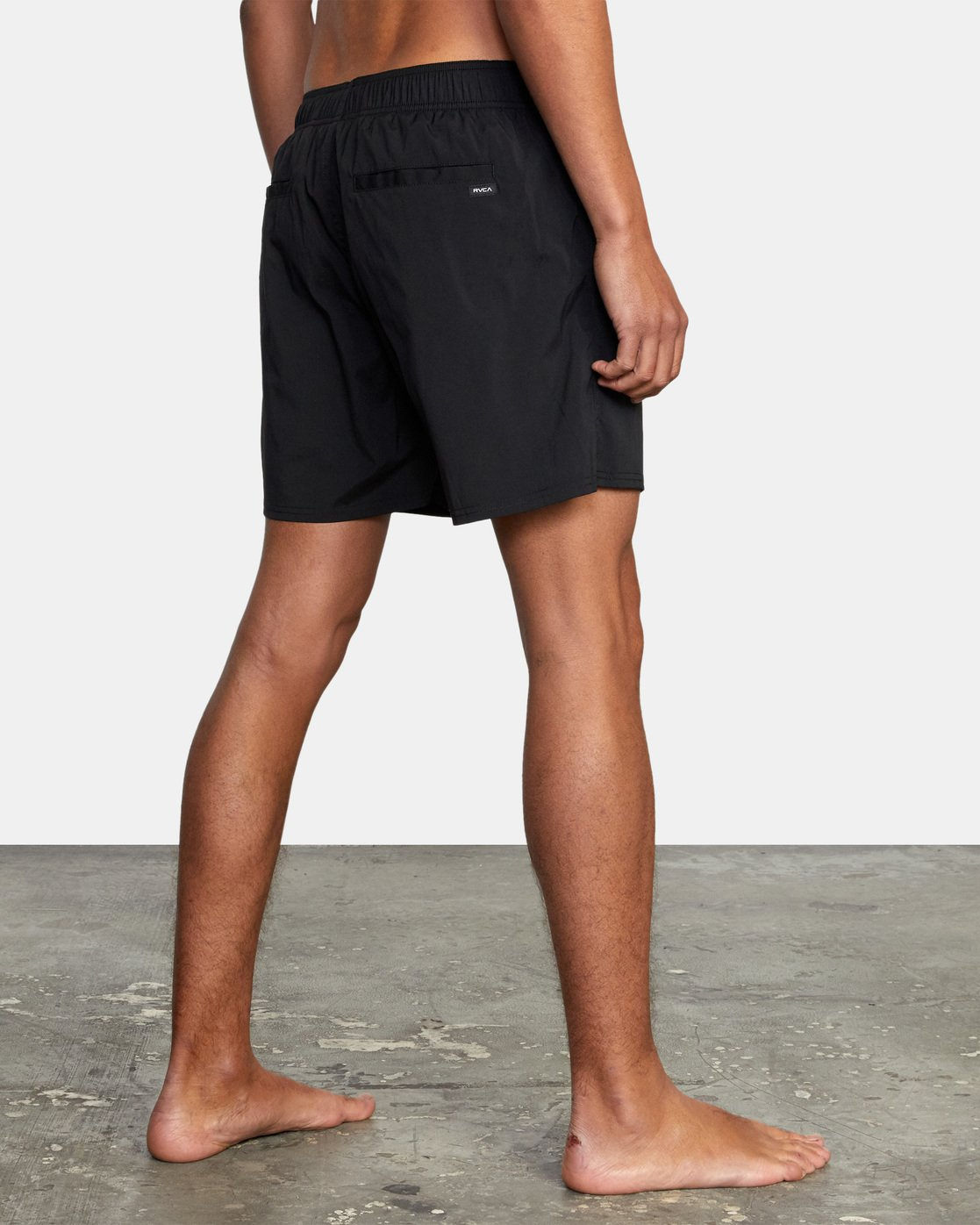 "11 FLUX WALKSHORT 16"" Black M2123RFW RVCA"