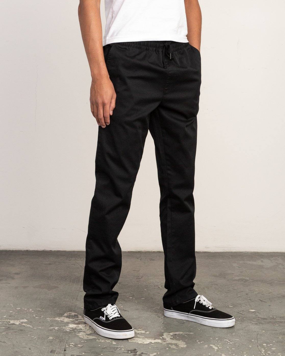 5 Week-End Elastic Pant Black M302TRWE RVCA