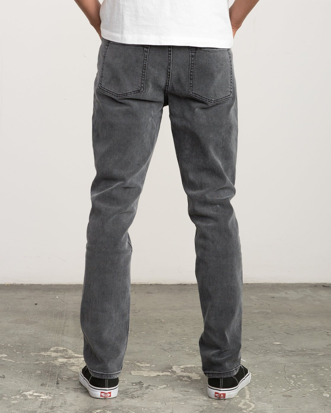 3 Daggers Slim-Straight Jeans Grey M303QRDA RVCA