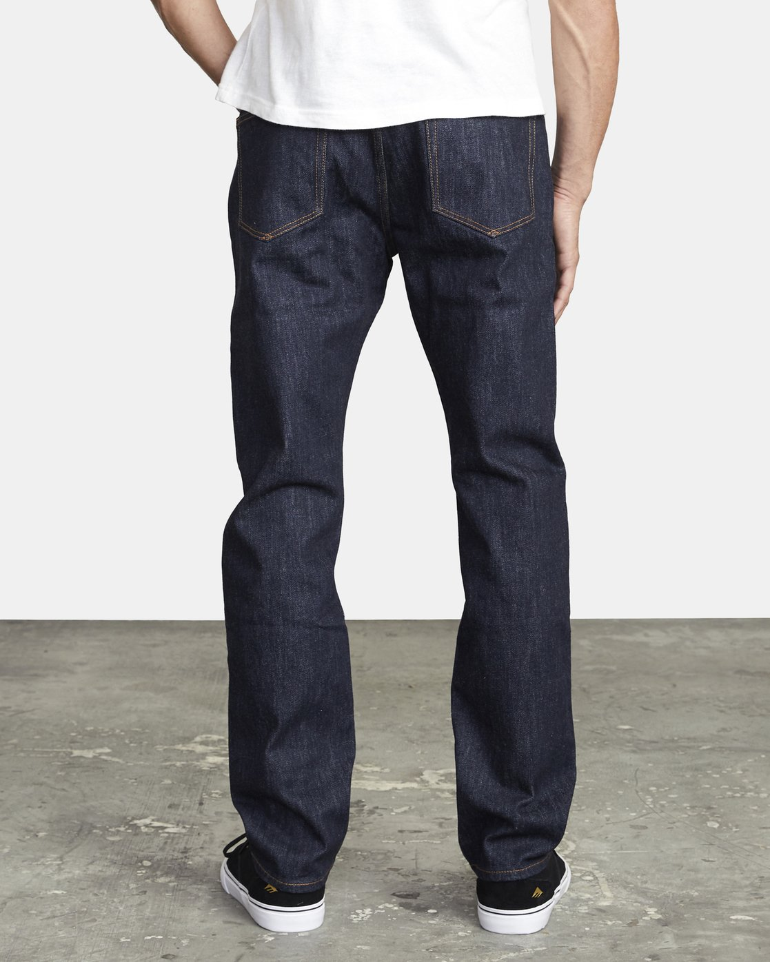 4 WEEKEND STRAIGHT FIT DENIM Blue M3043RWK RVCA