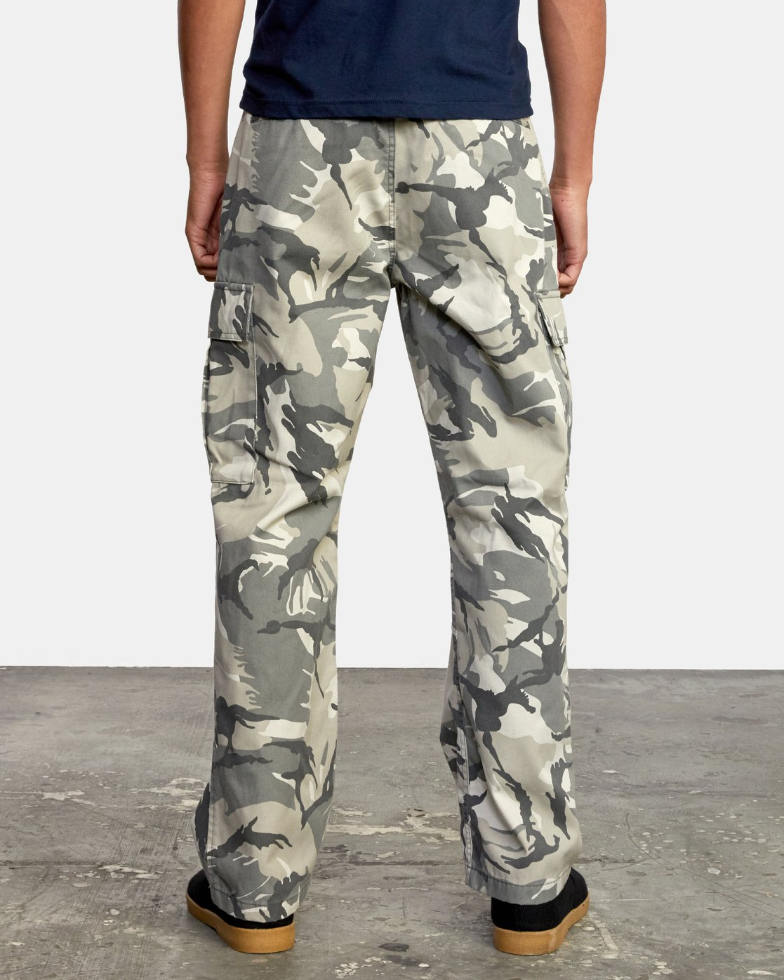 3 CONSCRIPTION RELAXED FIT CARGO PANT Brown M3053RCC RVCA