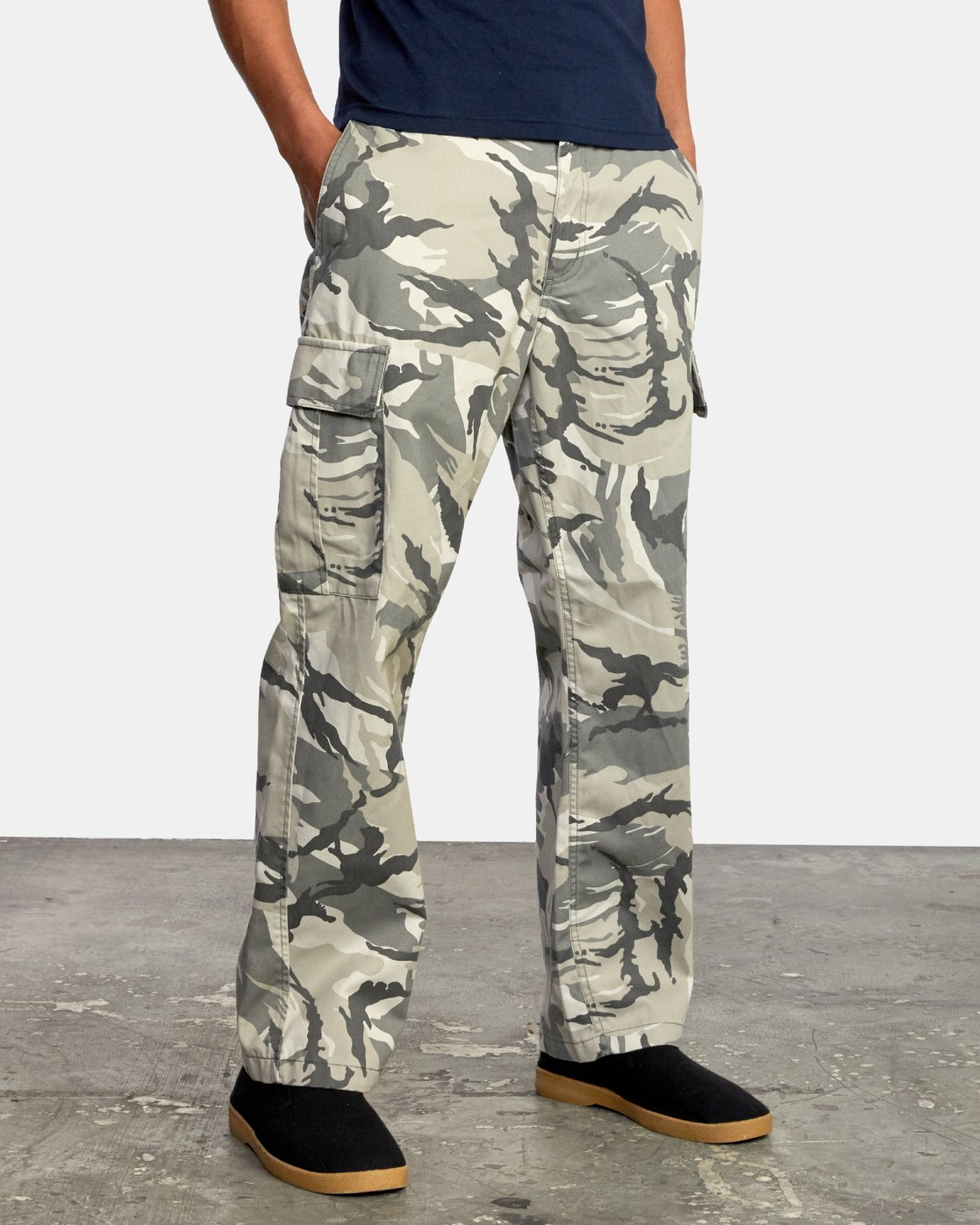 6 CONSCRIPTION RELAXED FIT CARGO PANT Brown M3053RCC RVCA