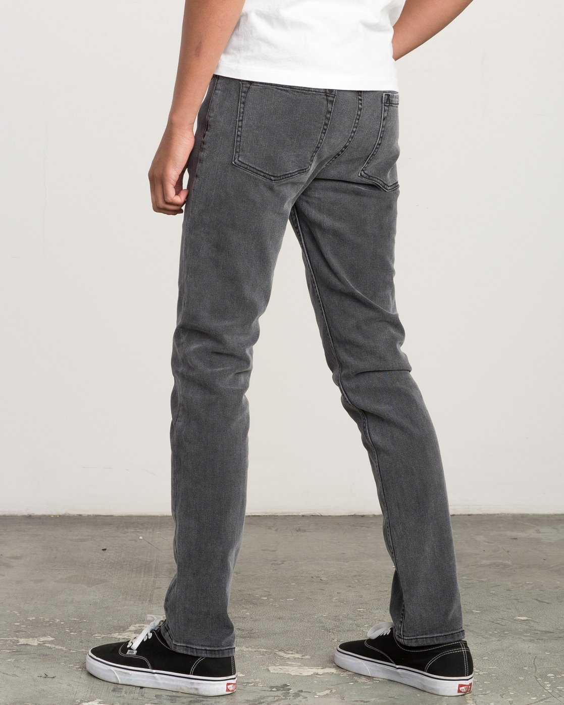 2 Hexed Slim Fit Denim Jeans Grey M305QRHD RVCA