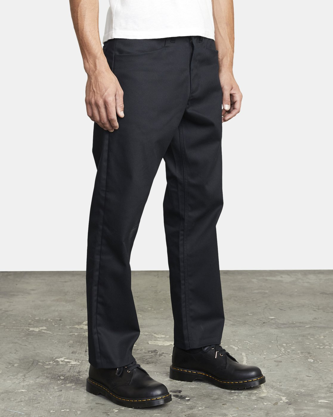 6 NEW DAWN MODERN STRAIGHT FIT PANT Black M3073RPR RVCA