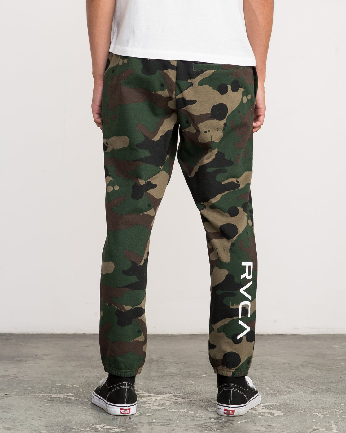 4 Bruce Irons Swift Sweatpant  M308PRBS RVCA