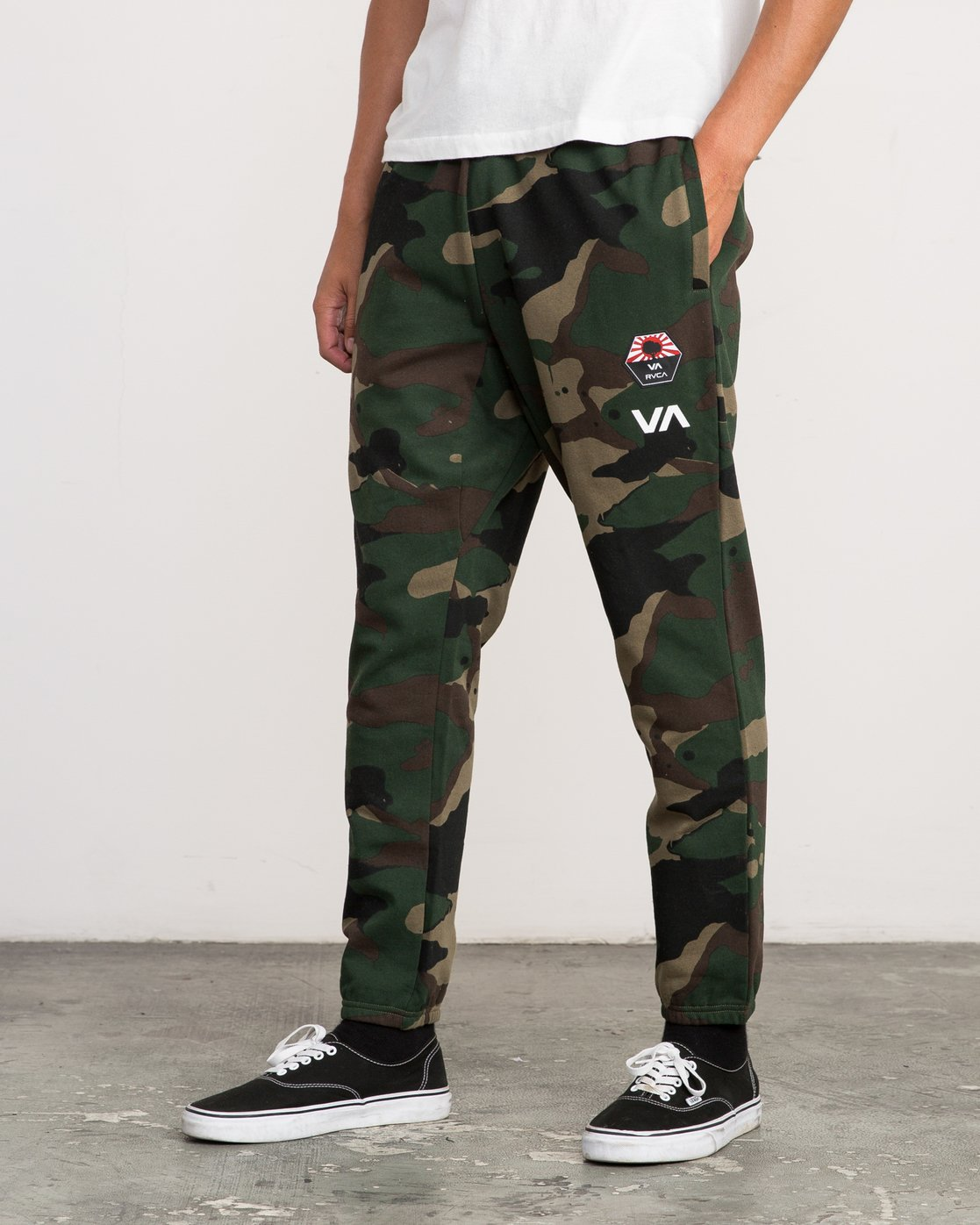 2 Bruce Irons Swift Sweatpant Camo M308PRBS RVCA
