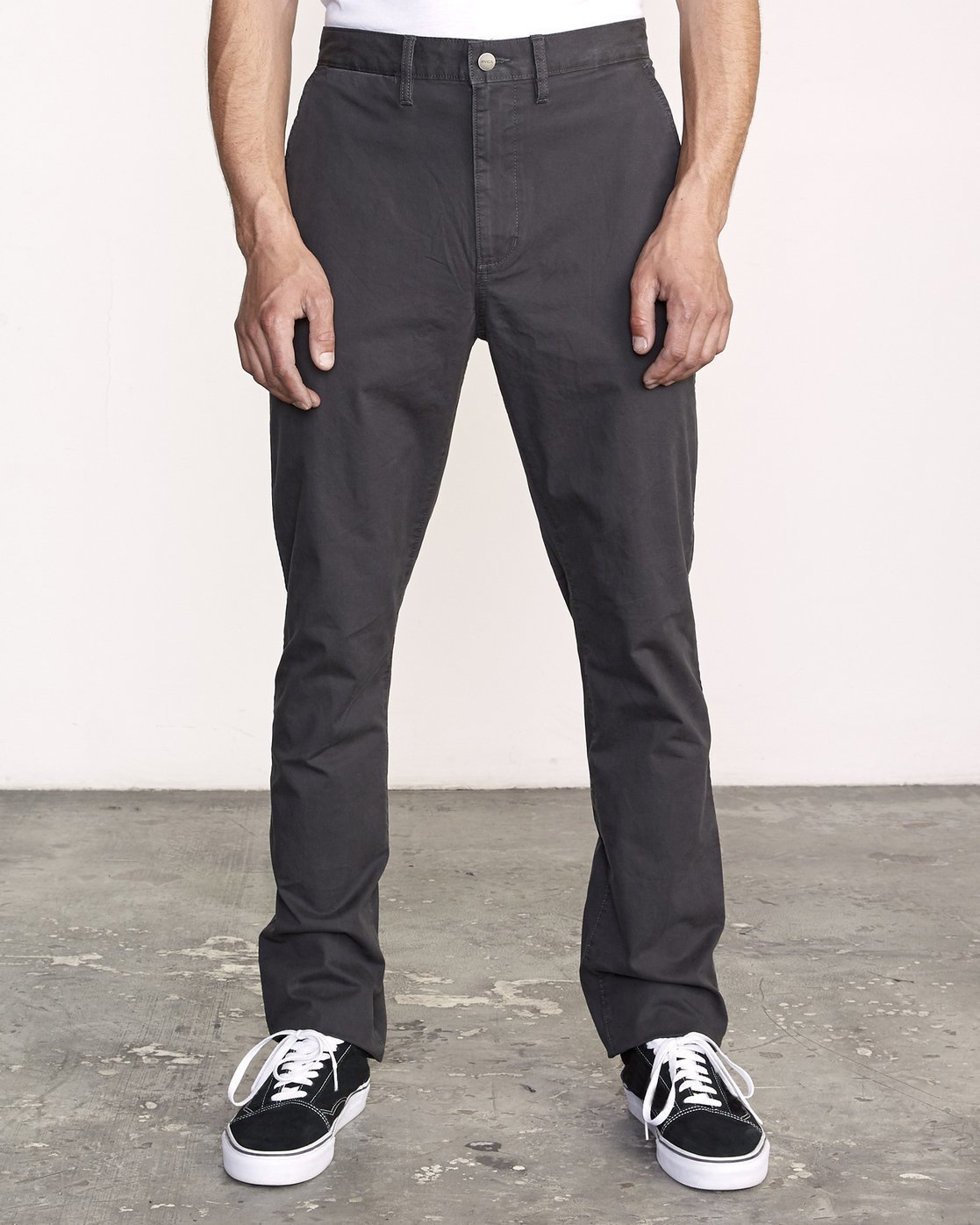 0 Daggers Slim-Straight Chino Pants Black M309QRDC RVCA