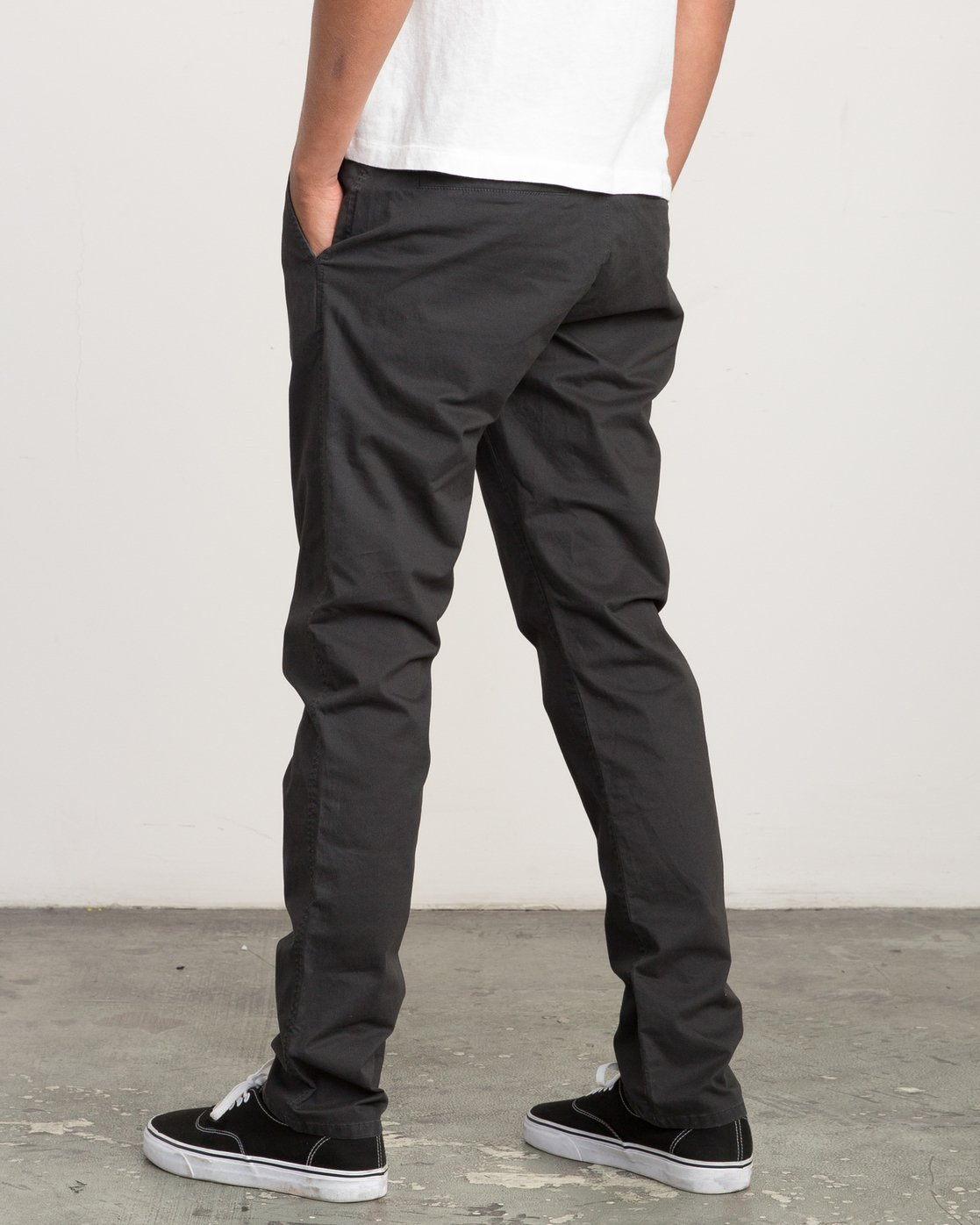 3 Daggers Slim-Straight Chino Pants Black M309QRDC RVCA