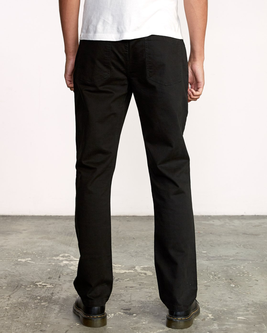 2 WeekEnd 5-Pocket straight fit Pant Black M310VRWP RVCA