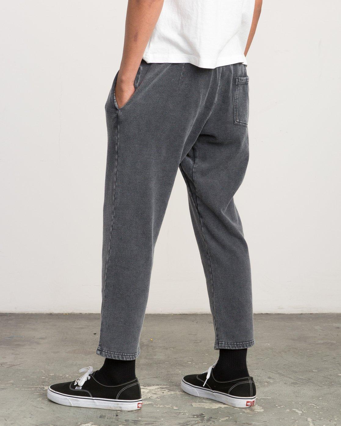 3 Matador Pigment Fleece Sweat Pants Black M312QRMA RVCA