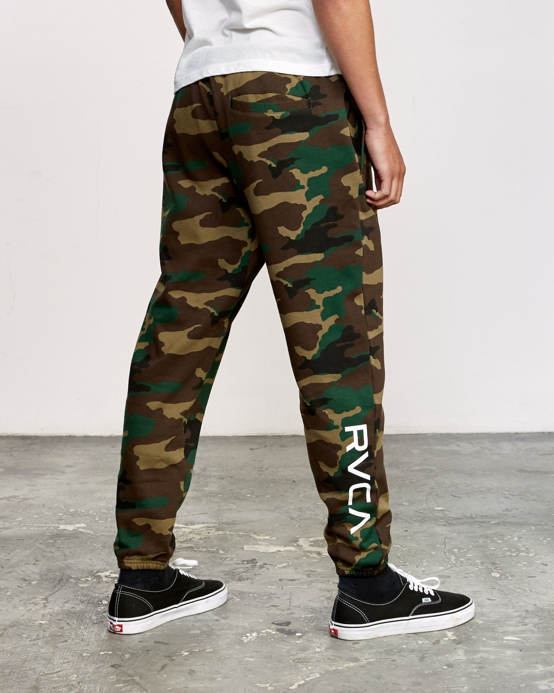 4 Kane Swift Sweat Pant Brown M315VRKS RVCA