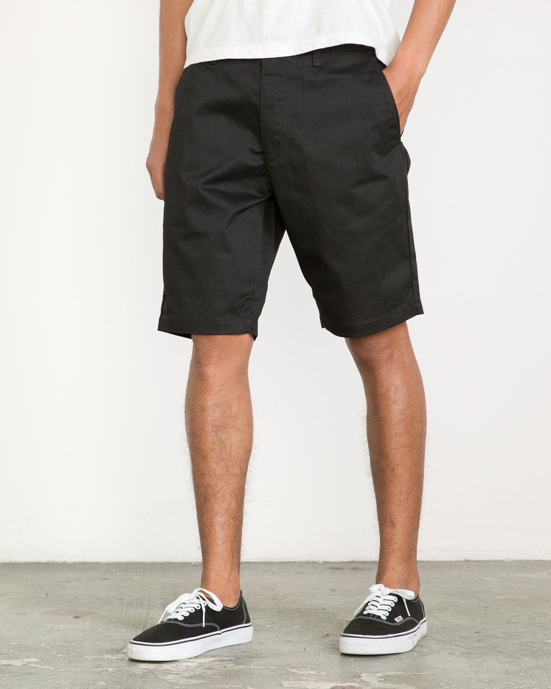 2 Week-End Shorts Black M3211WES RVCA