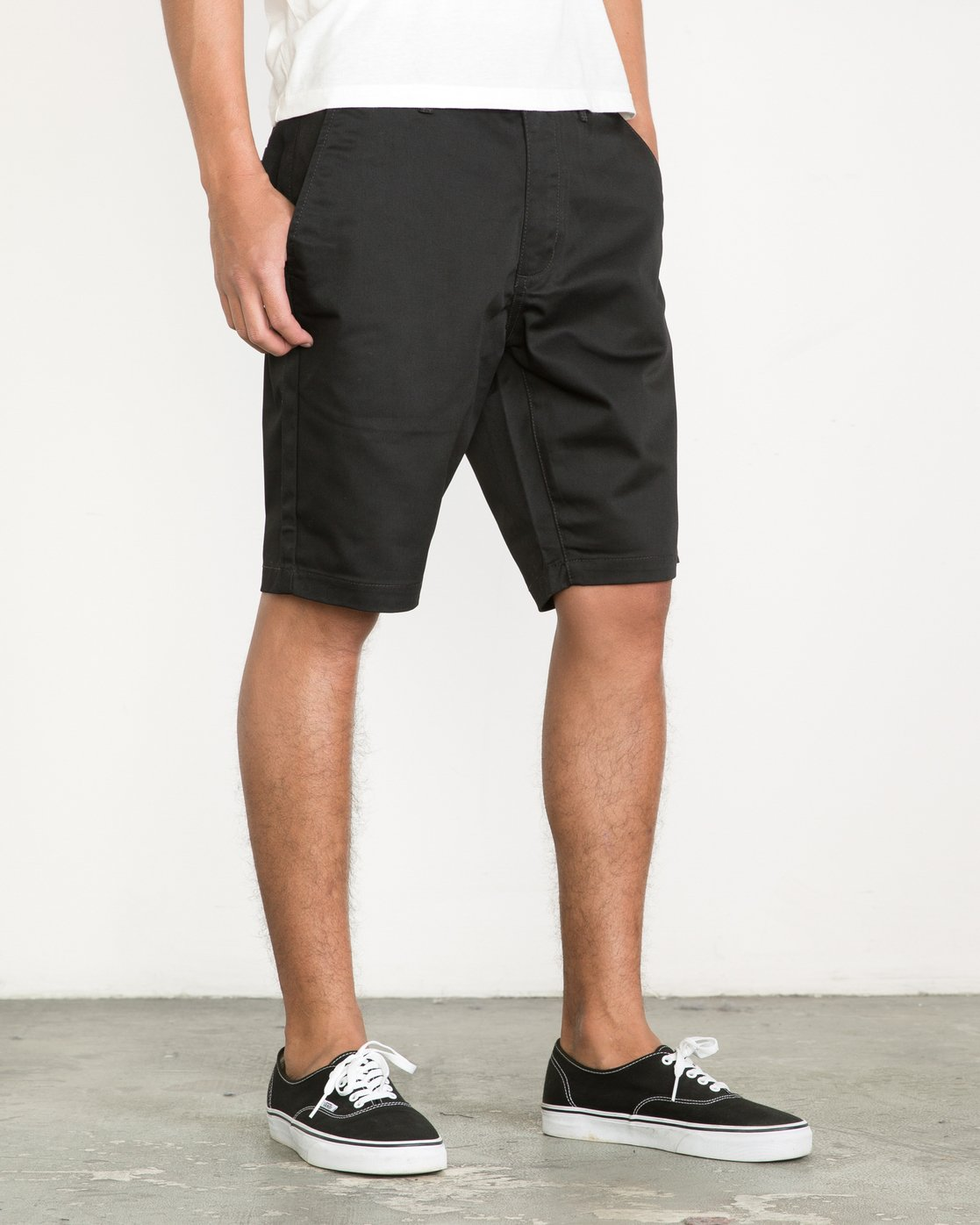 6 Week-End Shorts Black M3211WES RVCA