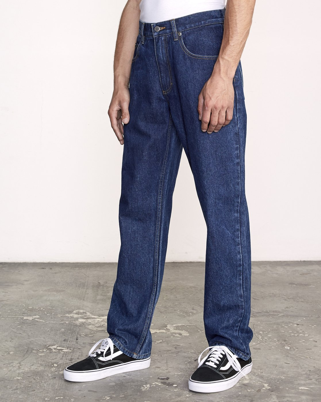 2 Americana Relaxed Fit Jeans Blue M321VRAM RVCA