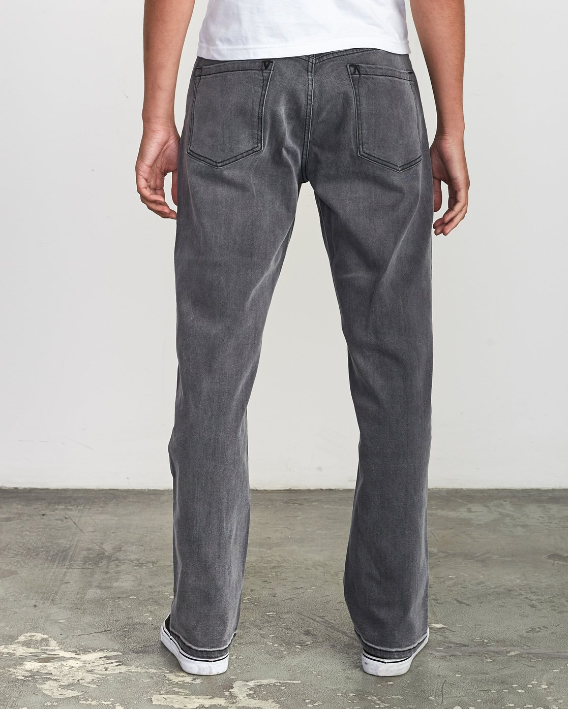 4 Weekend Straight Fit Jeans Grey M323VRWK RVCA