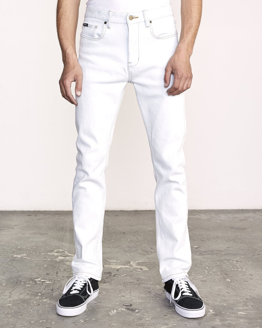 0 Daggers Slim Fit Denim White M327VRDA RVCA