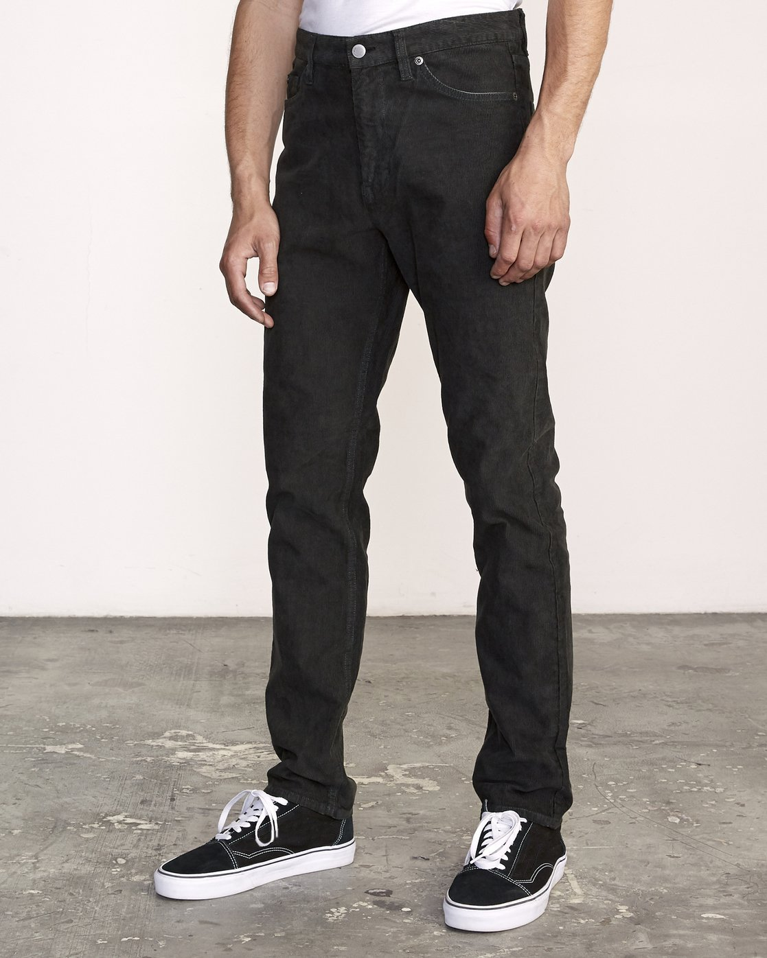 1 DAGGERS PGMNT CORD slim fit PANT Black M339VRDC RVCA