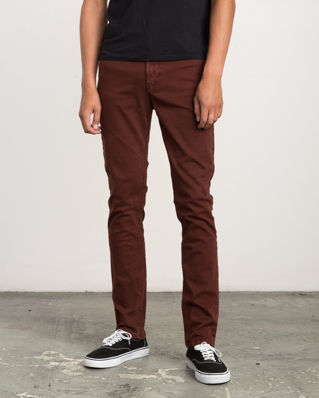 0 Daggers Pigment Slim-Straight Jeans Red M351QRDP RVCA