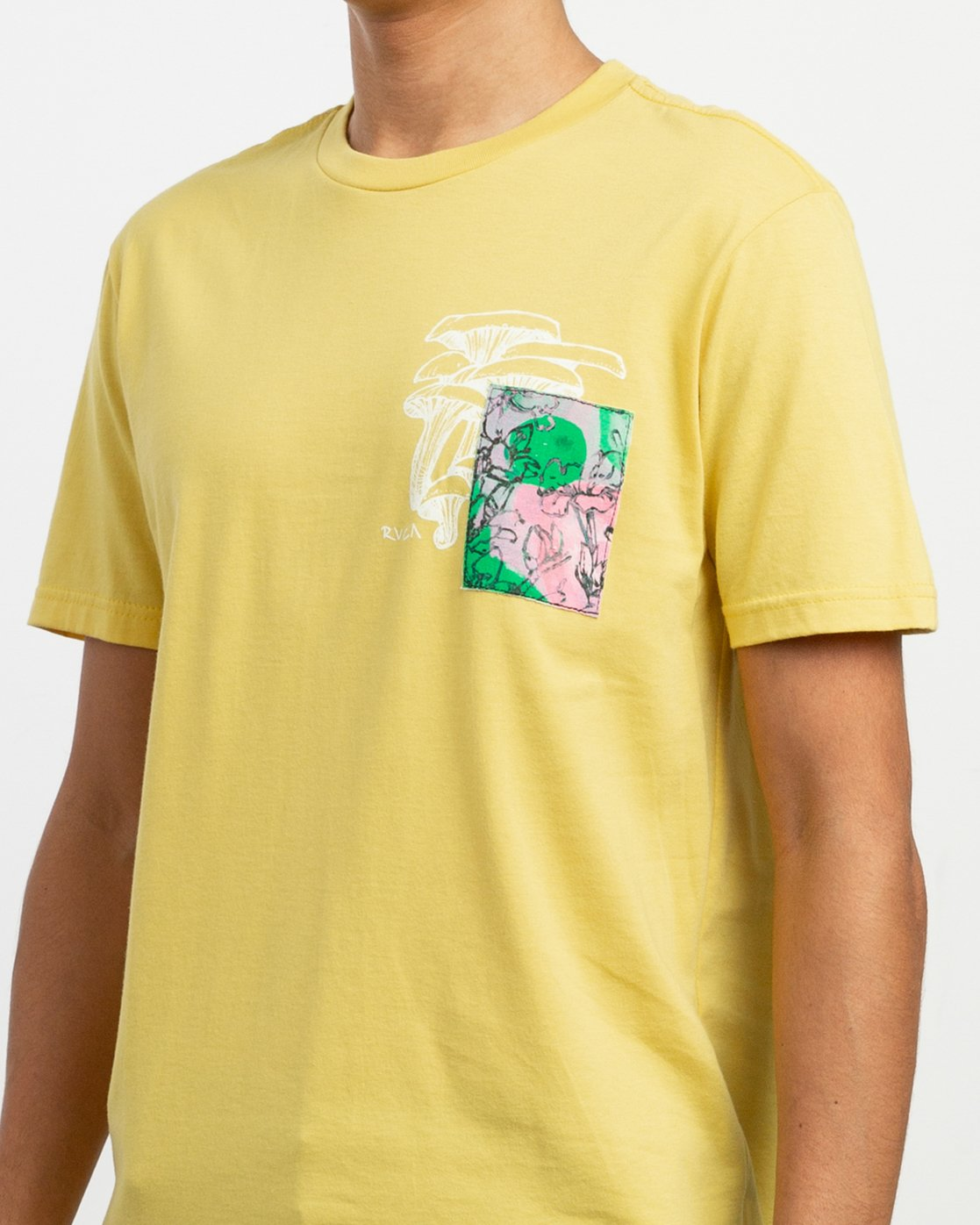 6 Sage Vaughn Shroom Collage T-Shirt Yellow M401TRSH RVCA